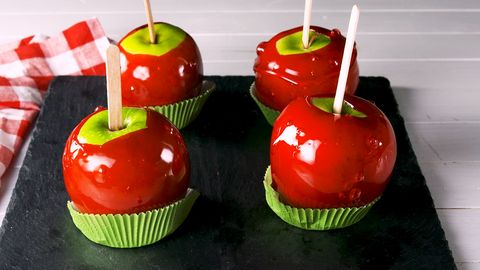 how to make a candy apple